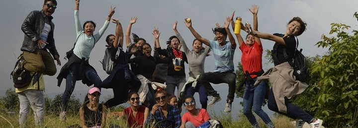 Volunteer with Girls Empowered by Travel