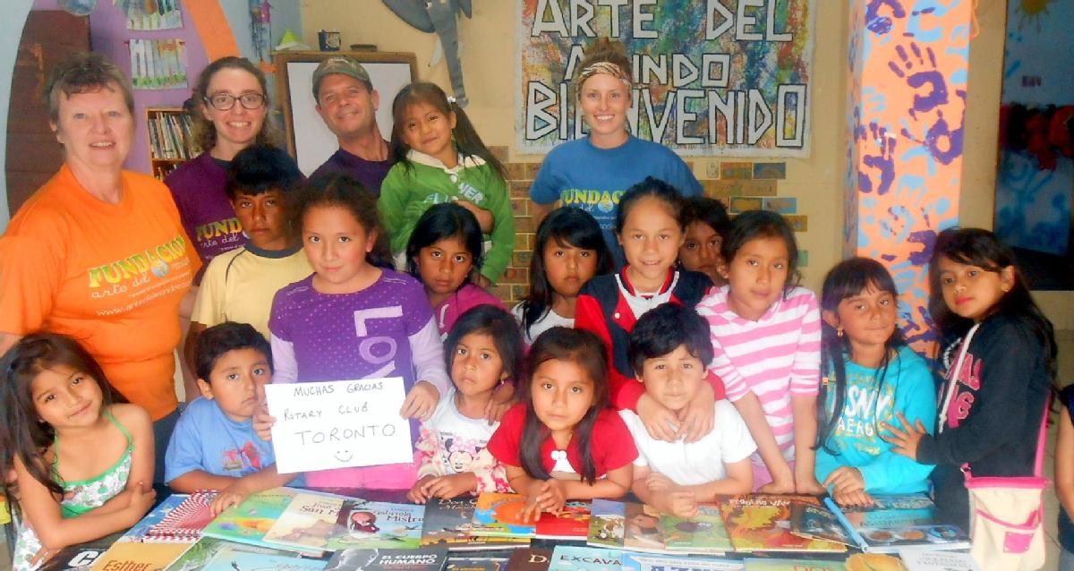 Volunteer with Fundacion Arte del Mundo