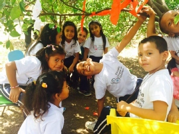 Volunteer with Ometepe Bilingual School