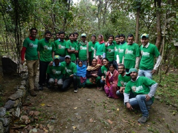 Volunteer with Waste Warriors