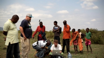 Volunteer with Sadhana Forest Kenya