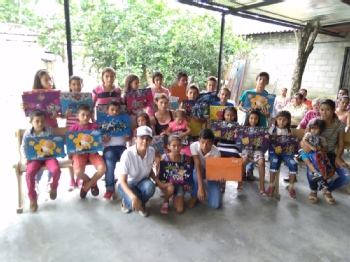 Volunteer with FUNDACION COLOMBIA ALEGRE