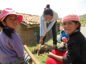 Volunteer with Peru Luz de Esperanza-volunteering