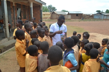 Volunteer with Golden Lives Foundation-Ghana