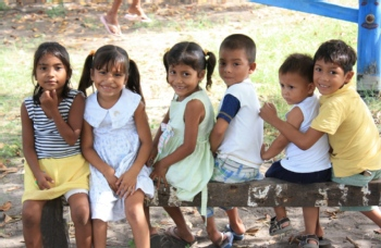 Volunteer with Puentes de Esperanza